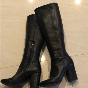 Kenneth Cole womens leather boots
